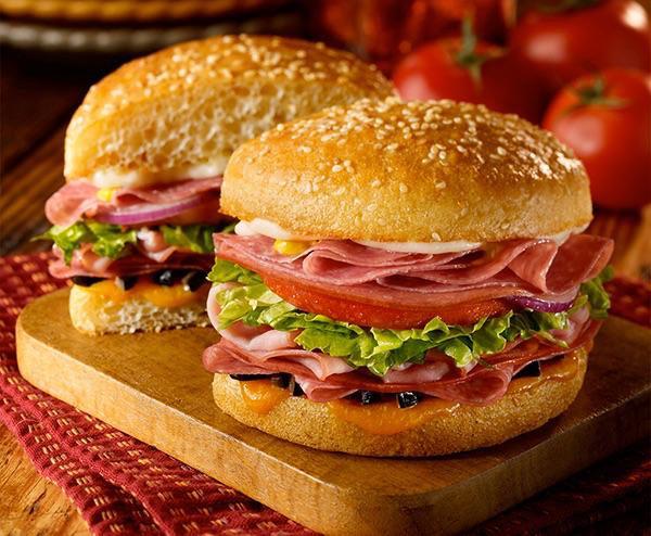 free-schlotzskys-original-sandwich