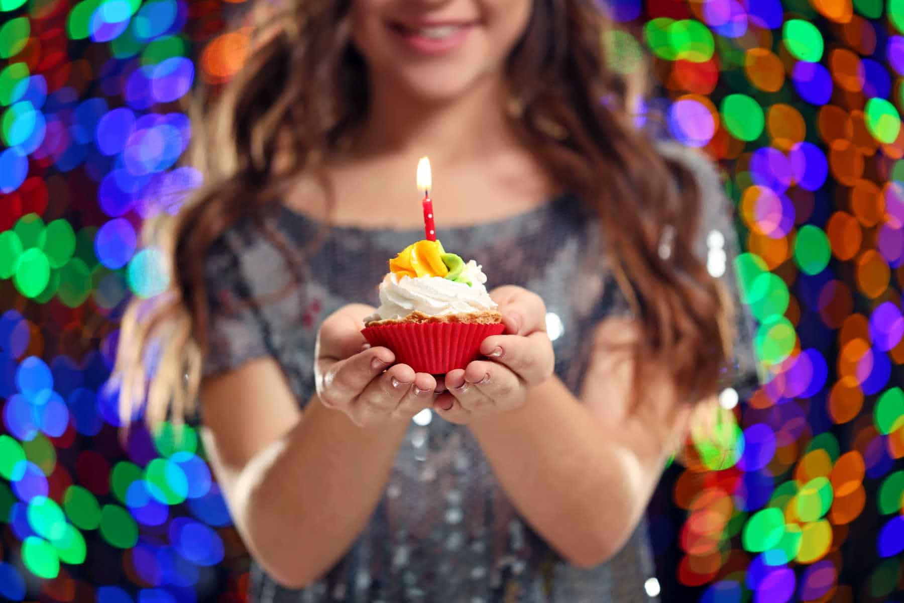 Free Birthday Food & Discounts