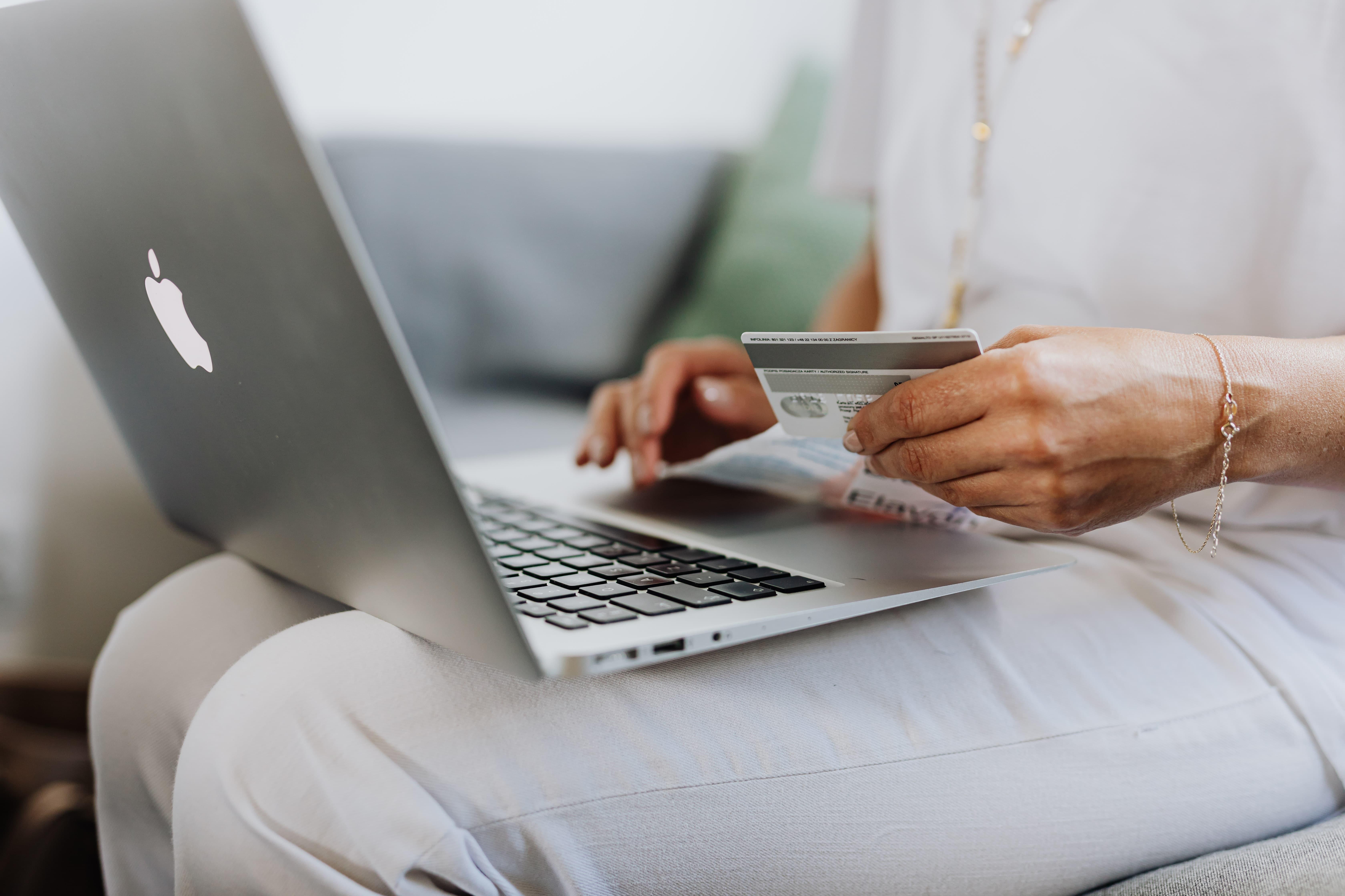 Free Virtual Debit Card from Budweiser